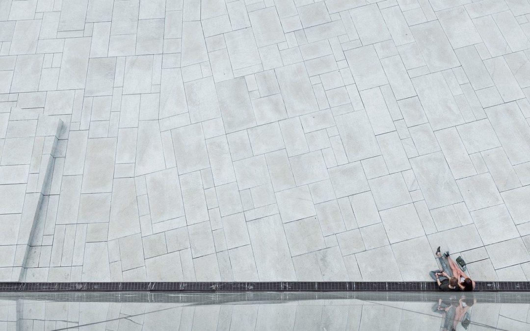 Czym różni się beton od cementu?